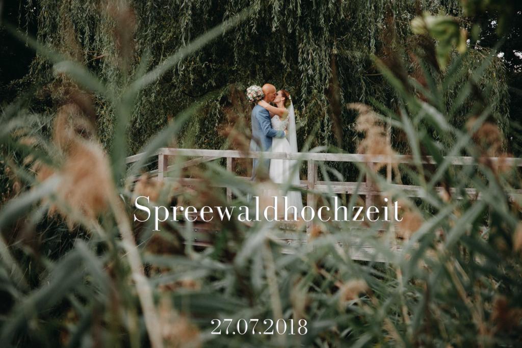 Spreewaldhochzeit Hotel Seinerzeit Fotograf David Kohlruss